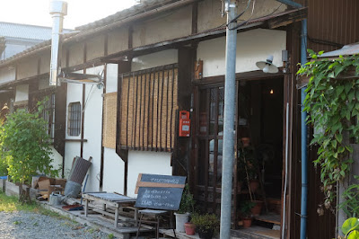長野市鶴賀田町 ヤマとカワ珈琲店
