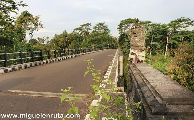 Carretera-interior-Bali