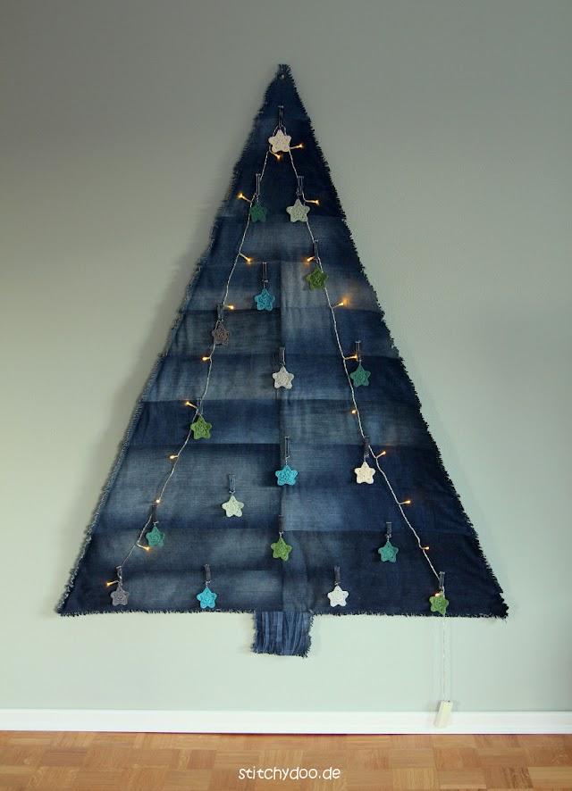 stitchydoo: Jeans-Recycling Weihnachtsbaum {Über die Spezies der Denimtanne}