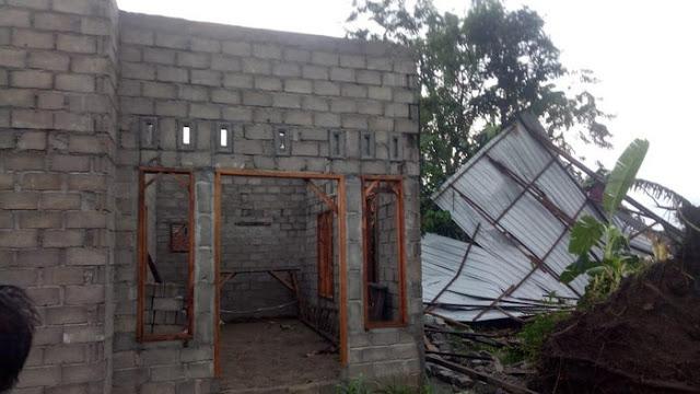 Di Langkat 19 Rumah Rusak Akibat Diterjang Hujan Deras Disertai Angin Kencang