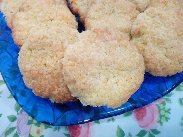 ciastka z kleiku ryzowego ciastka kokosowe ciastka z marmolada ciastka dla dzieci zdrowe ciasteczka maslane ciasteczka kruche mieciutkie ciastka