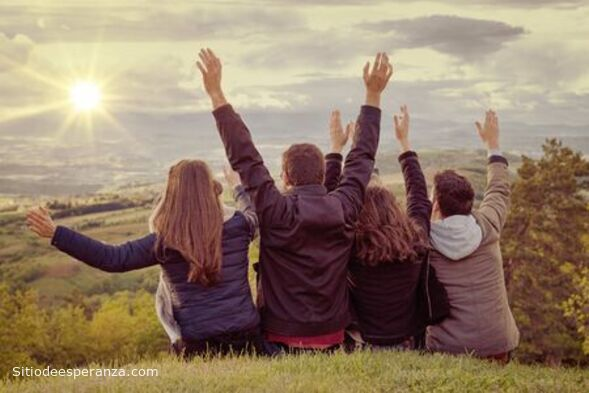 Buenas relaciones de amistad entre jóvenes