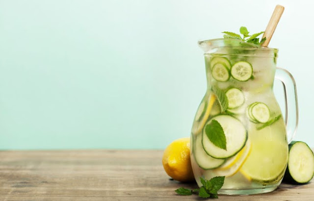 Cucumber Lemon Ginger Detox Water #healthy #drinks