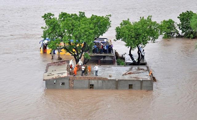 भारत में बाढ़ से होने वाली तबाही और उसका कैसे नियंत्रण कर सकते हैं उसके उपाय।(floods in India and how its control)