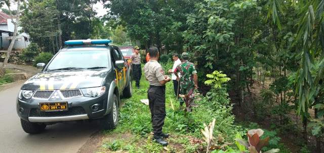 KodimKaranganyar – Waspada Bencal Anggota Koramil dan Polsek Mojogedang Intensifkan Patroli Daerah Rawan Bencana