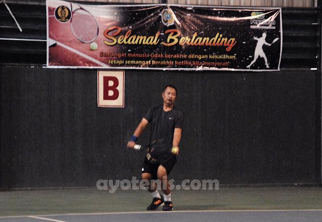 Usai Ukir Prestasi di Kejuaraan Tenis Veteran Piala Bupati Tulungagung, Prof Tri Alihkan Fokus ke Turnamen Ibu Rudi