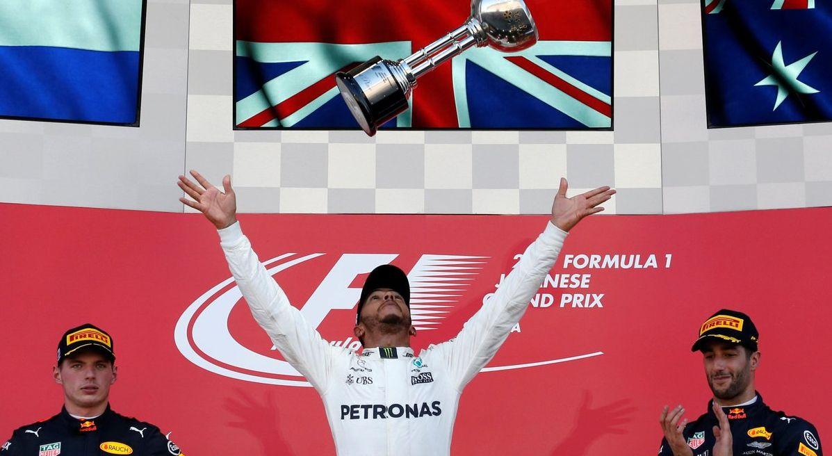 Formula 1: in Giappone trionfa Hamilton, Vettel ritira la Ferrari per una candela difettosa