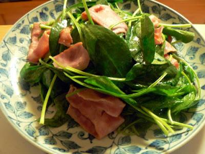 サラダレシピ ホウレン草とベーコン