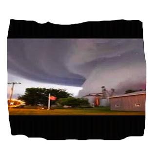 Tornado Azota Tupelo