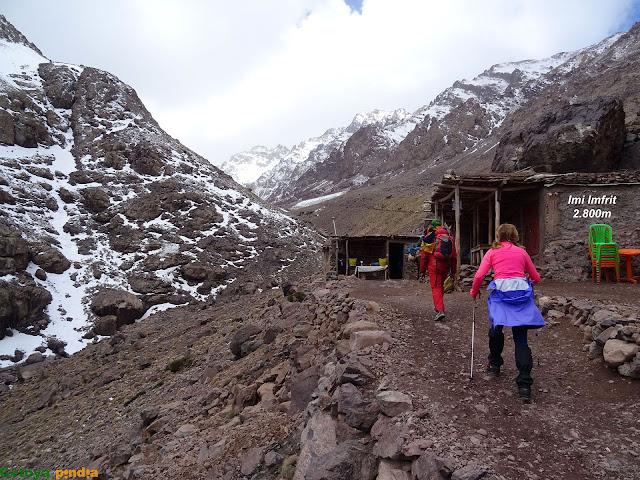 aldeas camino hacia el refugio de Toubkal