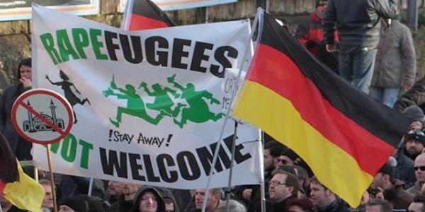 Θέλει να εξάγει μετανάστες μέσω Βρυξελλών το Βερολίνο