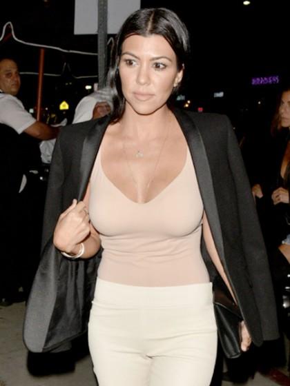 Hot Große Brüste Babe Kourtney Kardashian heiß Titten - HC