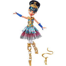 MH Ballerina Ghouls Cleo de Nile Doll