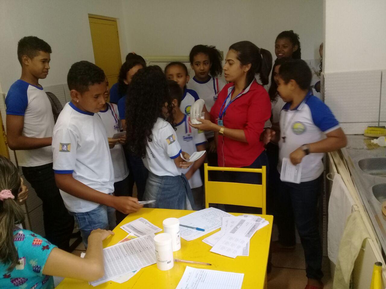 Equipe de Saúde da Família realiza campanha de vacinação na Unidade Escolar Joana D'arc