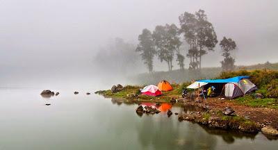 Lake Segara Anak altitude 2000m - Mount Rinjani