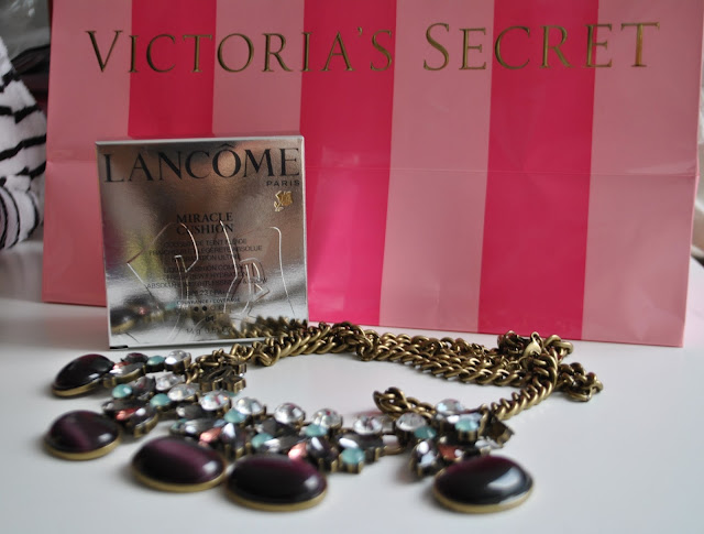 fondotinta miracle cushion lancôme recensione fondotinta miracle cushion lancôme victoria's secret collana majique mariafelicia magno beauty blog beauty tips beauty trend recensioni beauty blogger italiane foundation miracle cushion lancôme