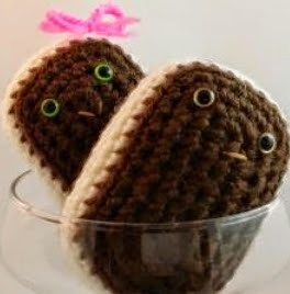 http://translate.googleusercontent.com/translate_c?depth=1&hl=es&rurl=translate.google.es&sl=en&tl=es&u=http://www.crochetquickies.com/free-crochet-pattern-2/ice-cream-sandwich/&usg=ALkJrhj93j-f1f2UV9jnW2JlssRRNe1C_Q