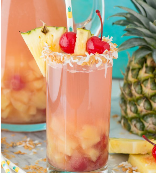Pina Colada Sangria #sangria #cocktail #part #healthydrink #fresh