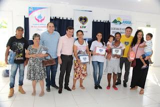 Famílias acompanhadas pelo CRAS recebem doação de cobertores da LBV