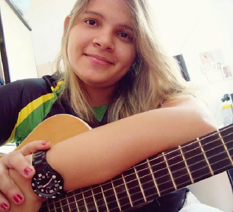 Bahia- Cantora  de 26 anos morre vítima da Covid-19