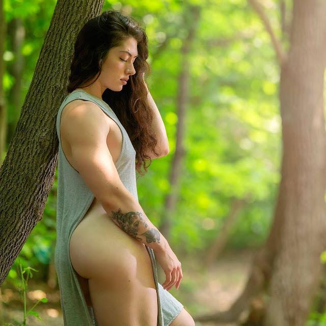 Natasha Aughey booty