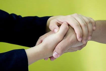 Melihat Sifat Seseorang dari Cara Berjabat Tangan, heeem penasaran!!