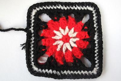 DIY: haken: Granny in zwart, wit en rood