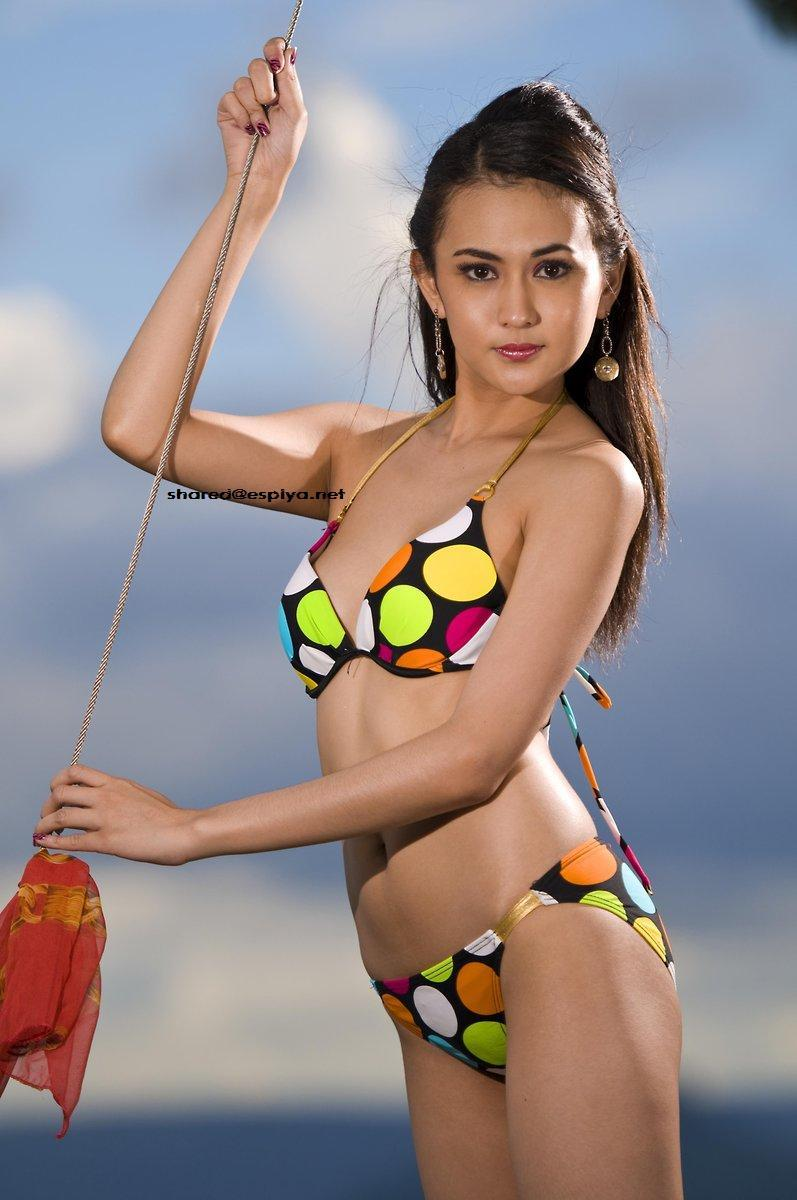 hot asian girls bra and panty pics 01
