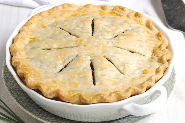 5-Ingredient Beef Pie