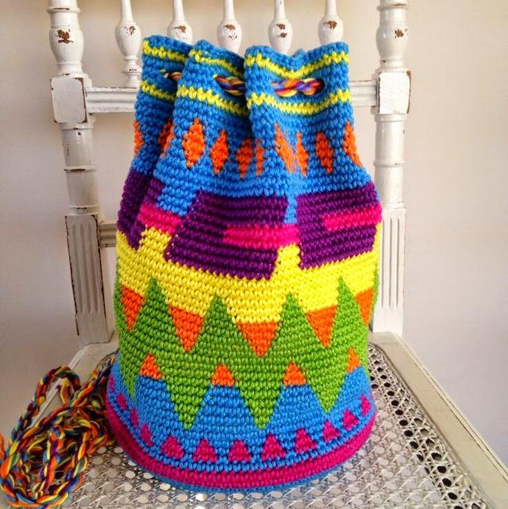 Bit Of Color Hoe Haak Je Een Look A Like Van Een Wayuu Mochila Tas