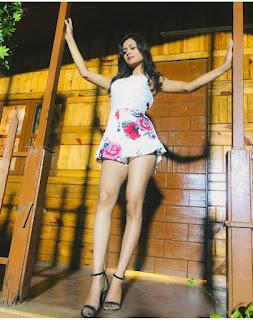 Monika Chauhan music video