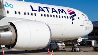 El próximo martes 3 de octubre partirá desde el aeropuerto de Las Chacritas el primer vuelo del AirBus 320 de la aerolínea LATAM Argentina, que unirá directamente a San Juan con Santiago de Chile. De ese modo, el aeropuerto local empezará a operar internacionalmente.