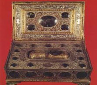 Αποτέλεσμα εικόνας για ιερά λειψανα της Αγίας αννης