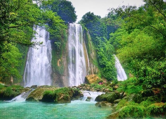 Curug Cikaso Tourist Attractions in Sukabumi Location and Ticket Prices