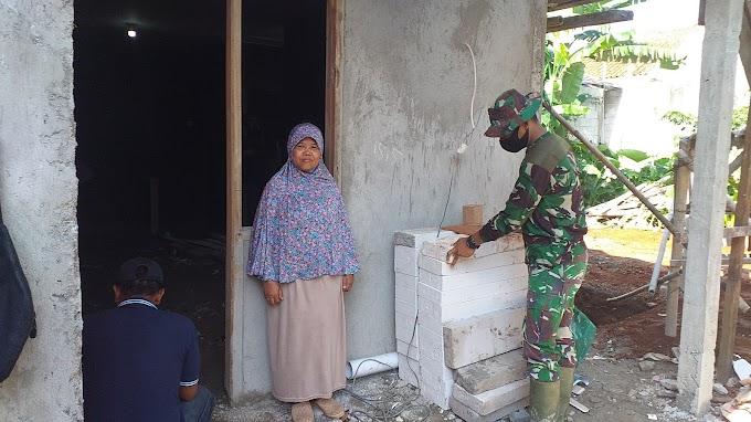 Tidak Menyangka Rumahnya Direhab TNI. Julia Doakan Satgas TMMD