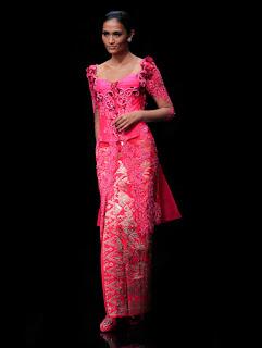 Model Kebaya Lengan Pendek Modern Pink