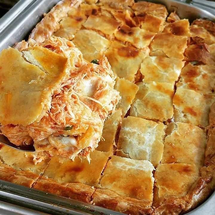 Torta de frango fofinha e macia