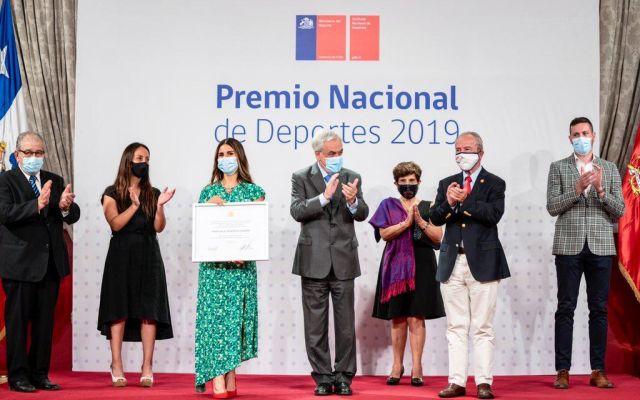 Premiación de Francisca Crovetto