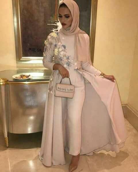 فستان جمبسوت مشمشي فاتح للمحجبات موديل 2020