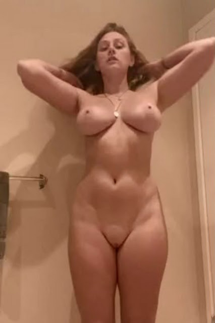 sexy gif naked girl with big tits and shaved pussy