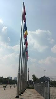 IMG 20181019 151324 Cột cờ inox 304 cao 9m 10 m 11m 12m, cổng xếp inox 304 , cổng xếp sắt không ray kéo tay