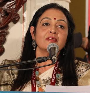 poet madhu sharma charmed the audience with her poems in JLF