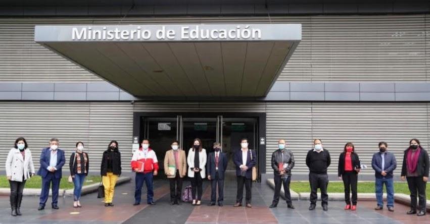 MINEDU y Coalición por la Educación intercambian ideas sobre retorno seguro a las aulas