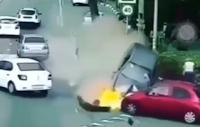 Questo automobilista fa una strage