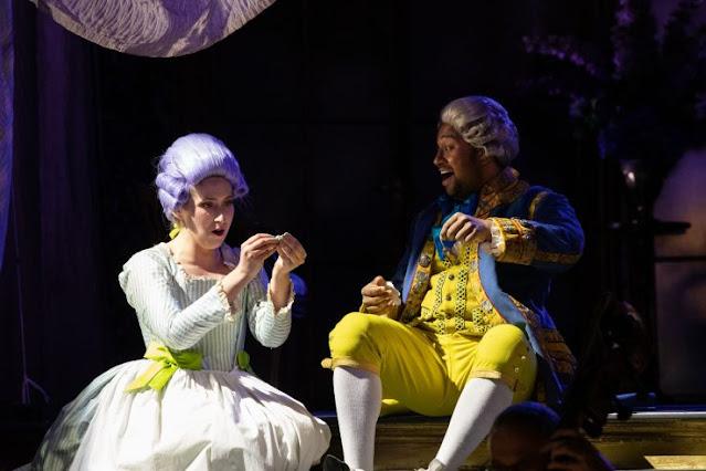 Mozart: Le nozze di Figaro - Elizabeth Karani, Ross Ramgobin - Opera Holland Park 2021 [Photo Ali Wright)