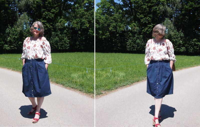 Geknöpfter Midi Jeansrock zur Off-Shoulder-Tunika kombiniert