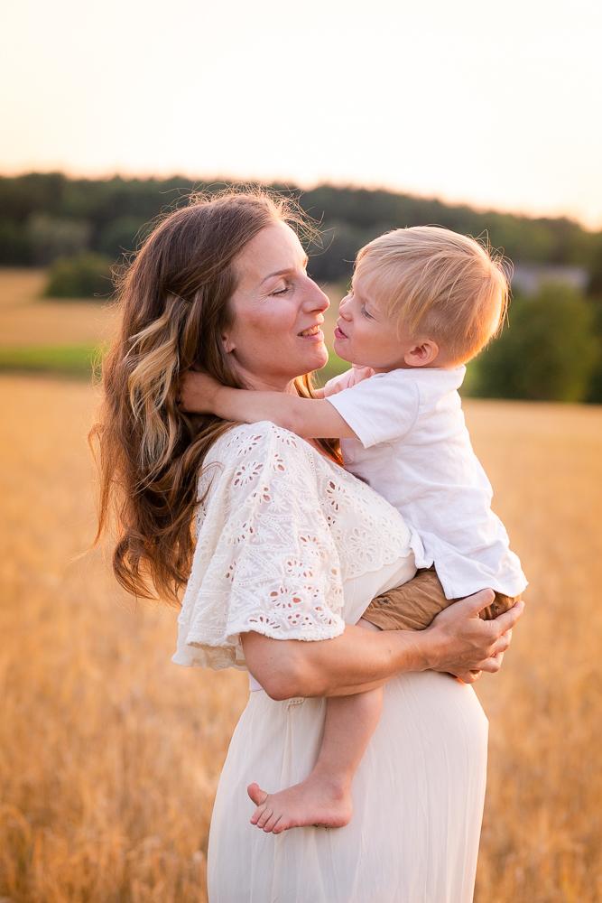 rv 28, raskauskuvauksia