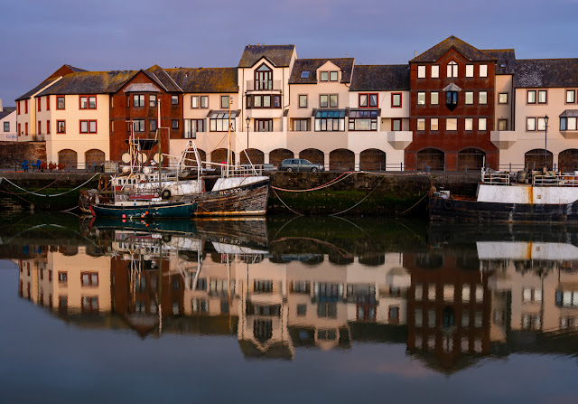 Photo of more harbour reflections