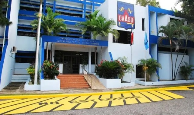 CAASD restablece servicio de agua potable en sectores de Santo Domingo Oeste