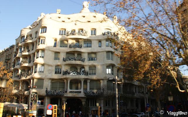 La Pedrera di Gaudì nel quartiere Example